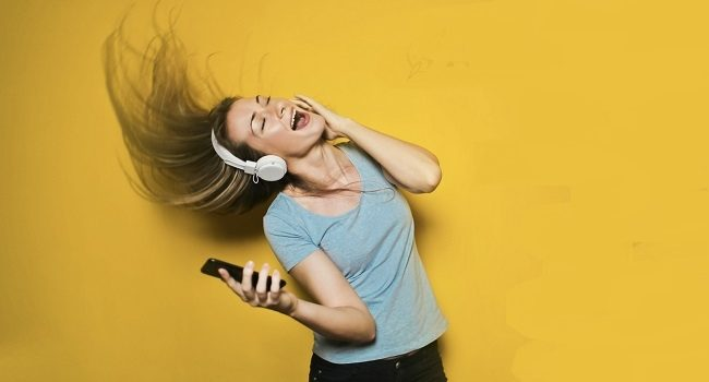 Covid-19 müzik dinleme alışkanlıklarımızı nasıl değiştirdi? – Müzik