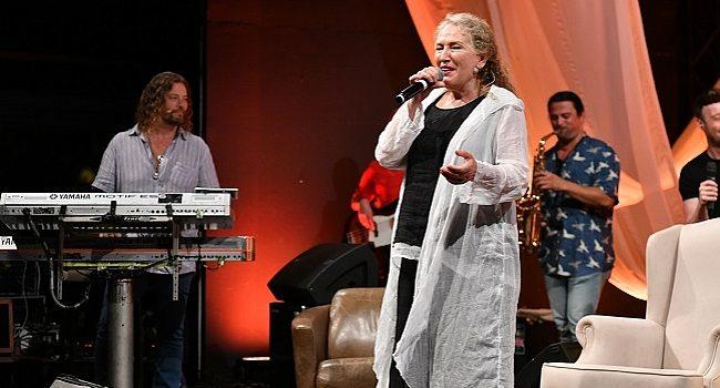 Suzan Kardeş, Ezhel'in şarkısını seslendirdi – Müzik