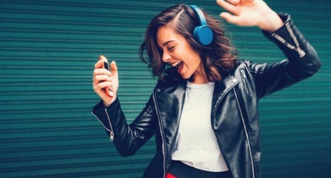 2020 yılında Türkiye ve dünyada en çok neler dinlendi? – Müzik
