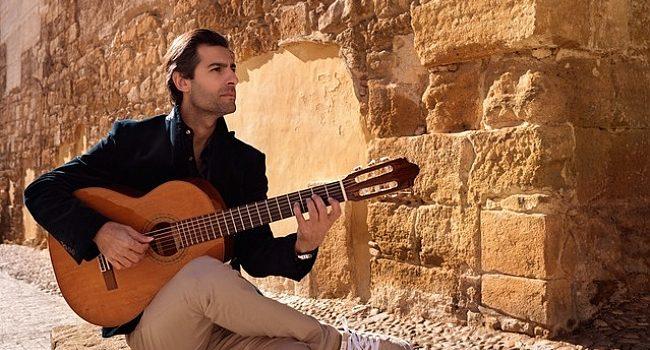 CRR'de Murat Usanmaz ile Barok'tan Flemenko'ya gitar resitali – Müzik
