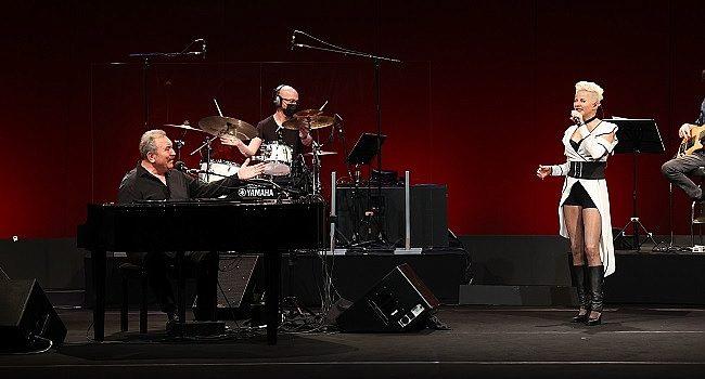 Ümit Besen'den bayrama özel konser – Müzik